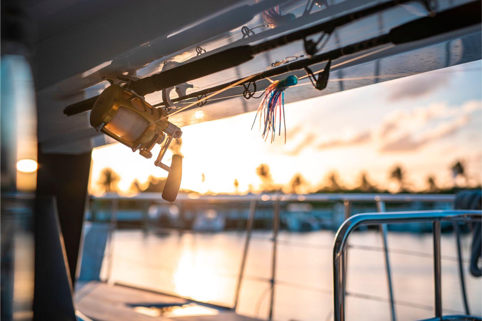 Équipement de pêche inclus à bord